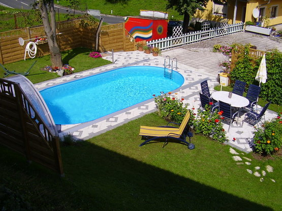 Stahlwandpool styria pool only oval 150 cm tief for Intex pool 150 cm tief